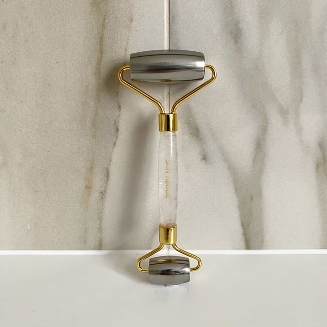 Skin Abode Cryo Queen Ice Roller- Yellow Gold