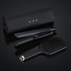 GHD Platinum+ Hair Straightener Gift Set
